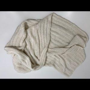❤️ 3/20 Soft Cozy Cream hat/scarf wrap